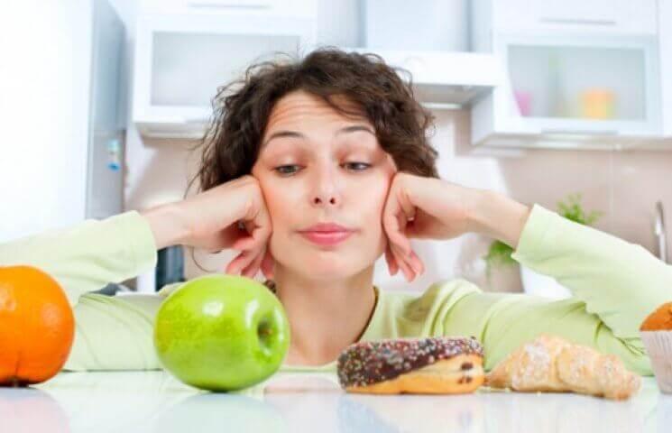 Які продукти не можна їсти при молочниці у жінок
